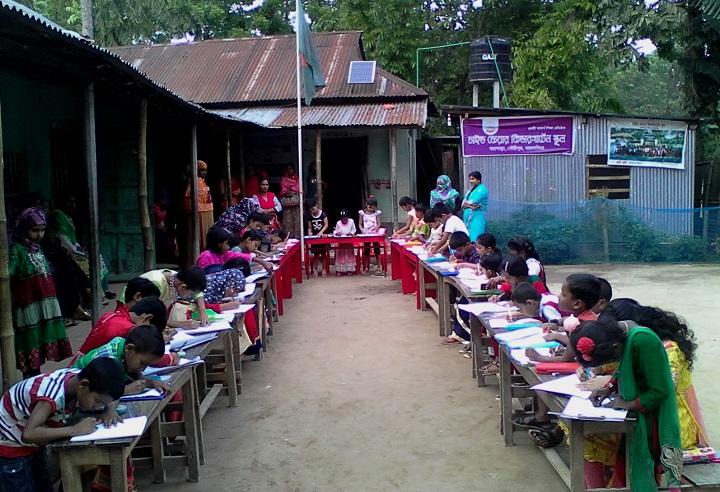 চিত্রাংকন-প্রতিযোগিতা-Paint competition on the occasion of Independence Day at Child Fair Kindergarten School