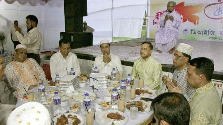 ময়মনসিংহ রেঞ্জ ডিআইজির ইফতার ও দোয়া মাহফিল অনুষ্ঠিত