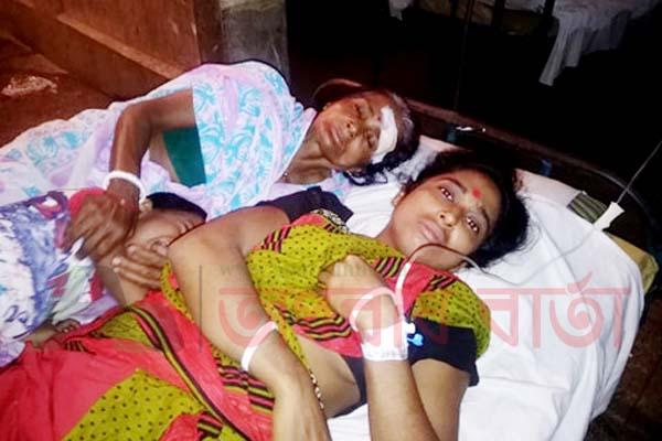 আগৈলঝাড়ায় প্রতিপক্ষের হামলায় দুই নারী আহত