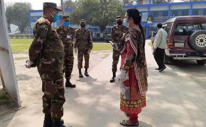 আটোয়ারীতে করোনা ভাইরাস ঠেকাতে মাঠে নেমেছে সেনাবাহিনী