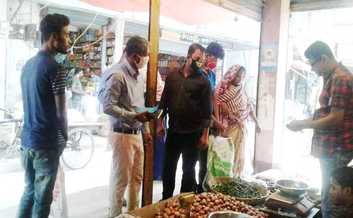শার্শায় ভ্রাম্যমান আদালতের জরিমানা আদায়