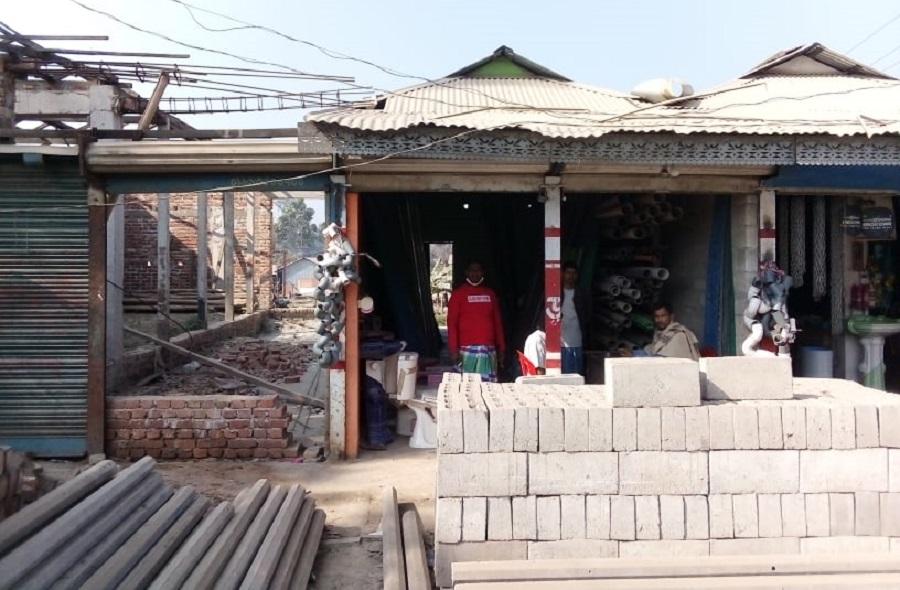 লক্ষ্মীপুরে প্রবাসী ৩ ভাই জমি কিনে বিপাকে